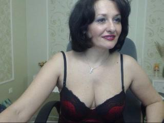 Strip cam slut AdultMonique